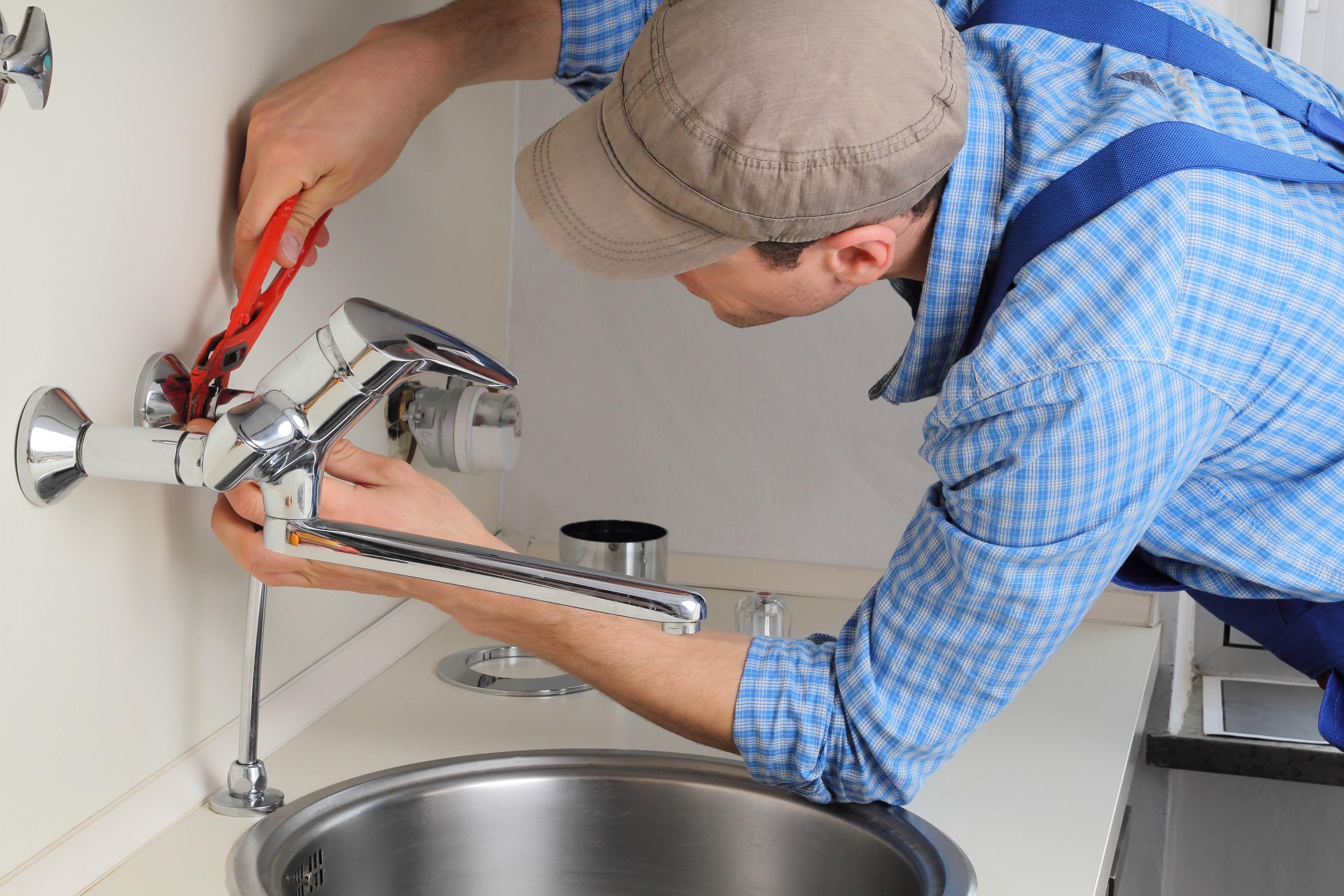 Como instalar uma torneira para cozinha de forma eficiente